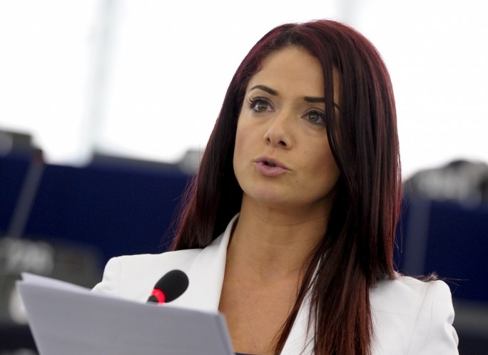 Updated | 'Simon Busuttil not fit for purpose to serve on EU panel that appoints judges', Miriam Dalli says