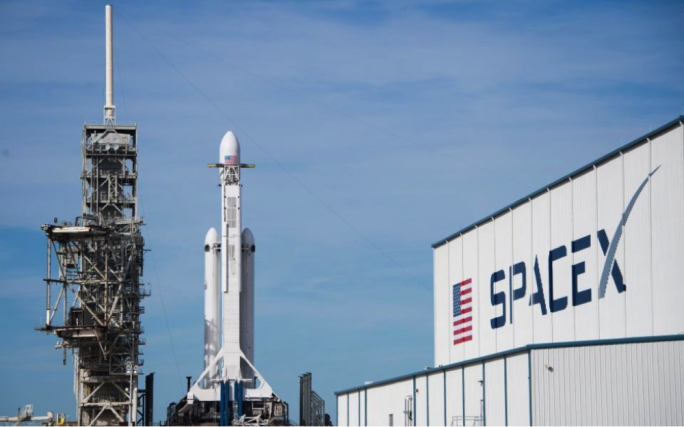 SpaceX - Falcon Heavy rocket aced its first launch on Tuesday
