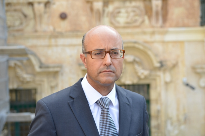 Jason Azzopardi made use of free Hilton services during 2008 election campaign