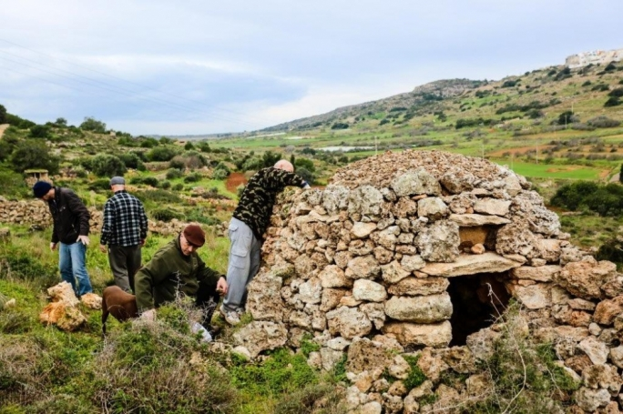 A 'girna' and an agricultural room given the green light