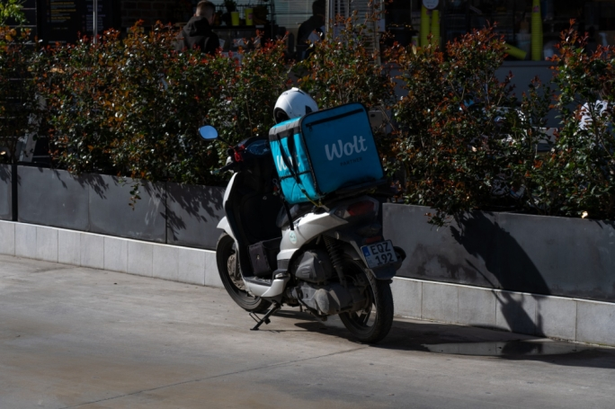 A number of recruitment companies supplying migrant workers to food delivery platforms are in breach of Malta's employment laws