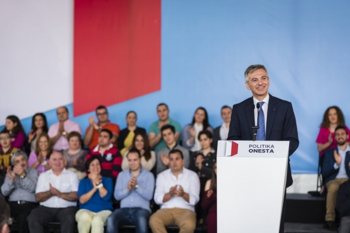 Busuttil says Cabinet re-shuffle exposed Muscat's 'weakness'