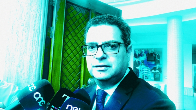Unchallenged by MPs, Adrian Delia lives to fight another day