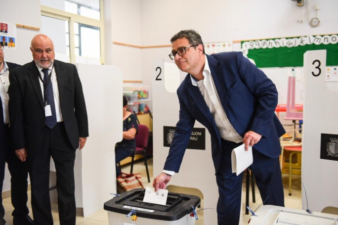 Adrian Delia casting his vote in Siggiewi. (Photo: James Bianchi/MediaToday)