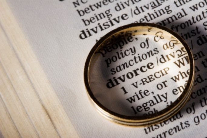 880 couples divorced since law was enacted