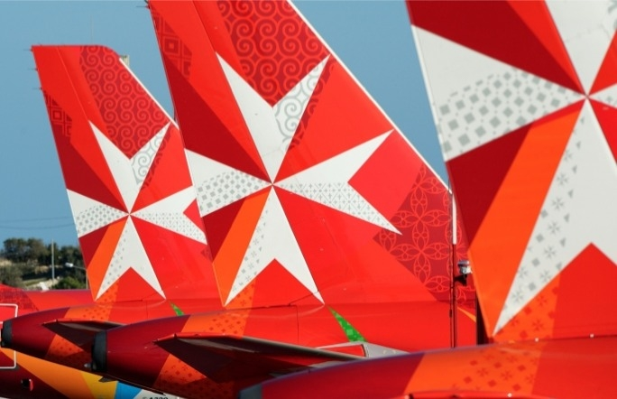Air Malta wet-leases two Boeings