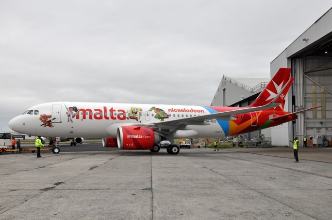 [WATCH] Air Malta's new Airbus A320neo joins the fleet, branded with Nickelodeon characters