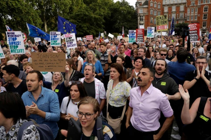 Anti-Brexit protesters outside College Green near the British Houses of Parliament on Wednesday (Photo: Matt Dunham/AP)