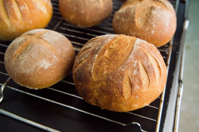 Refine your bread and pizza skills with a pro