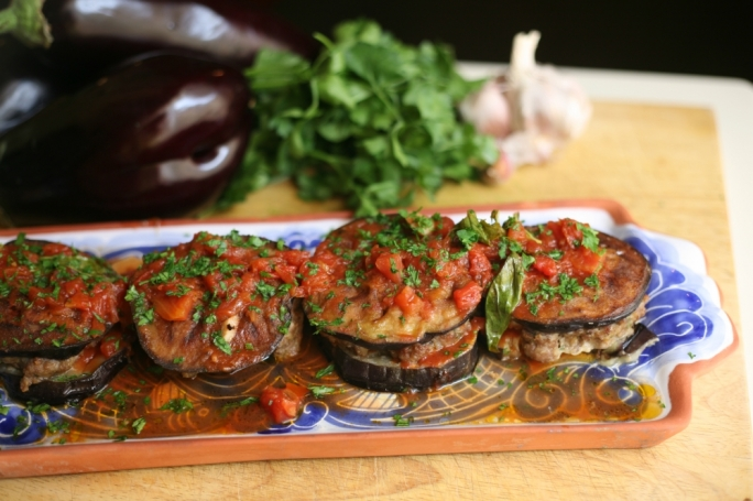 [WATCH] Burgers in an aubergine bun