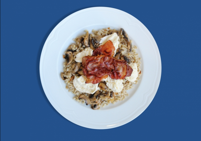 Barley with mushrooms, crispy parma ham, burrata and truffle oil