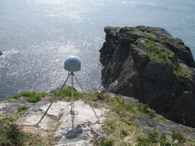 Apparatus which is used for seismic studies – hunters' federation thought similar equipment used in Malta was for eavesdropping on mobile phone conversations