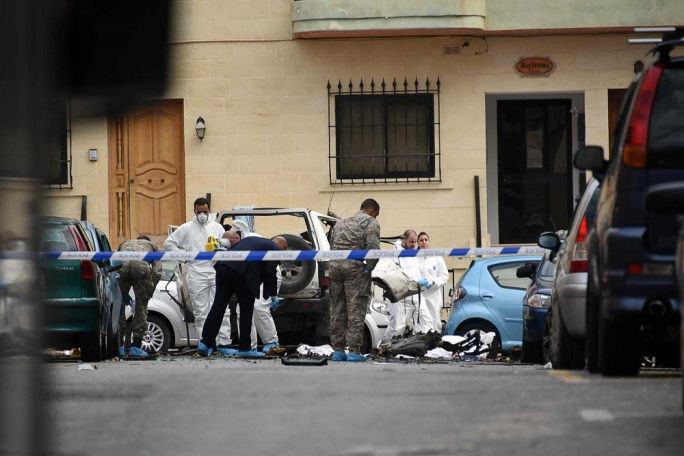 Crime scene investigators on site collecting evidence (Photo by Ivan Consiglio/MaltaToday)