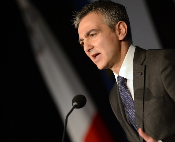 Prime Minister 'acts like he's some Super One journalist' – Busuttil