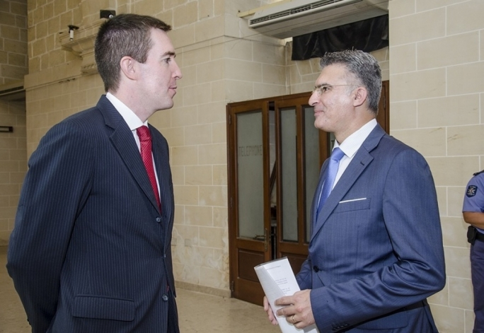 UK authorities present Maltese police with analytical software