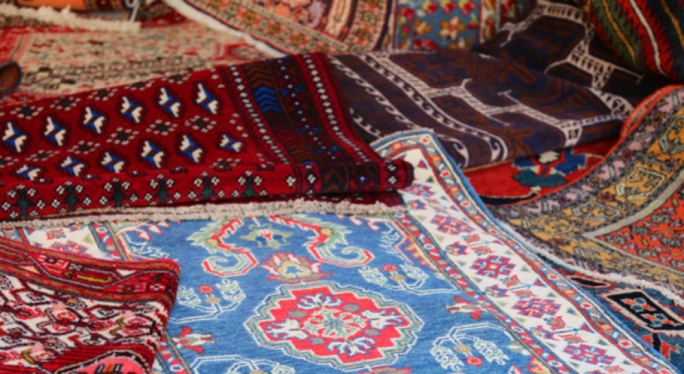 The two brothers allegedly targeted 'prominent persons' in their homes, offering to sell them Persian carpets which turned out to be fakes (Stock photo)