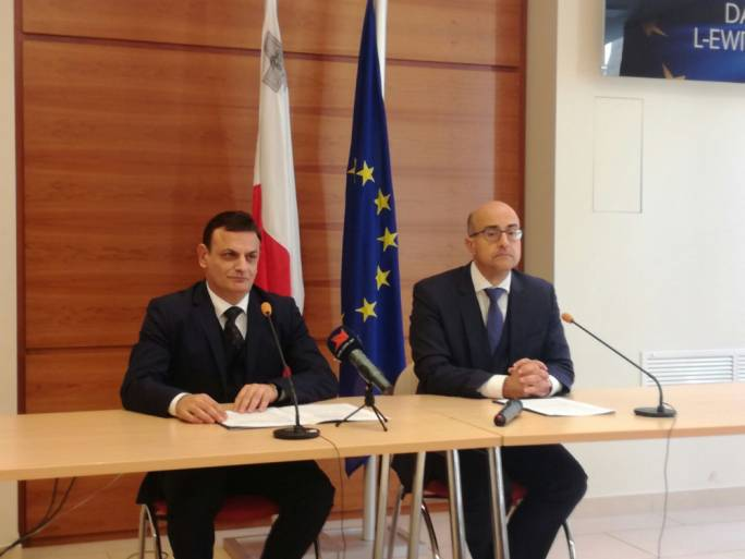 [WATCH] Updated | PN MEP David Casa takes leaked FIAU report to magistrate but refuses to publish it