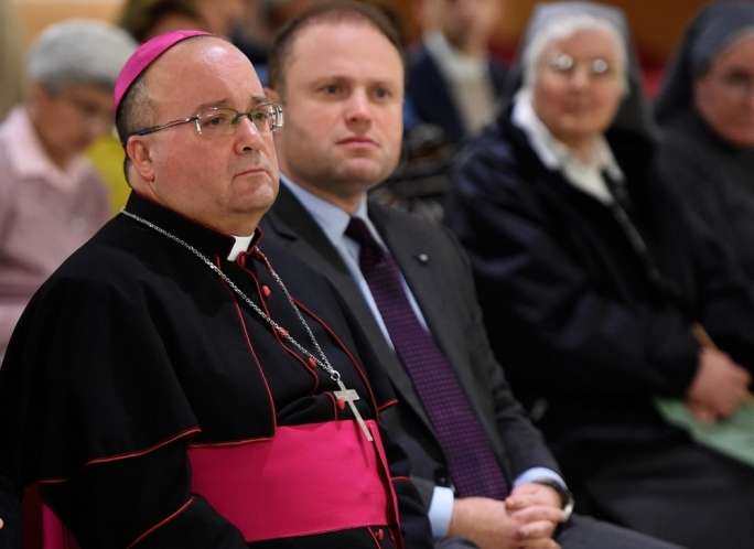 Archbishop Charles Scicluna, seen here with Prime Minister Joseph Muscat, has said Malta's politicians lack a long-term vision (Photo: Curia Communications Office)