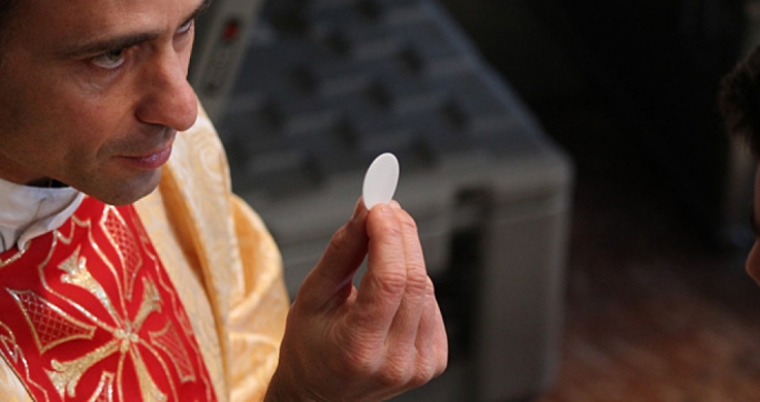 Coronavirus: Maltese Curia issues Holy Communion precautions