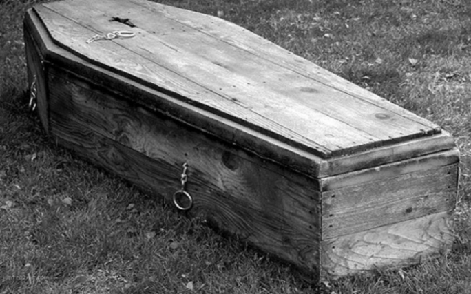 The carpenter of coffins