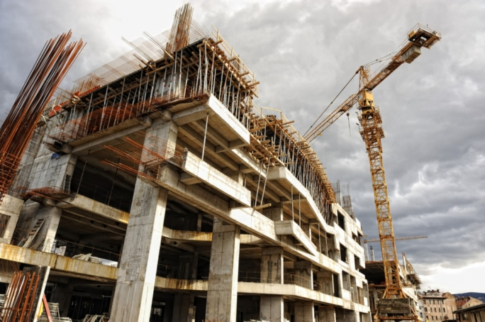 The majority of construction sites around Malta and Gozo were at a standstill on Wednesday as the industry adapts to new regulations published on Tuesday