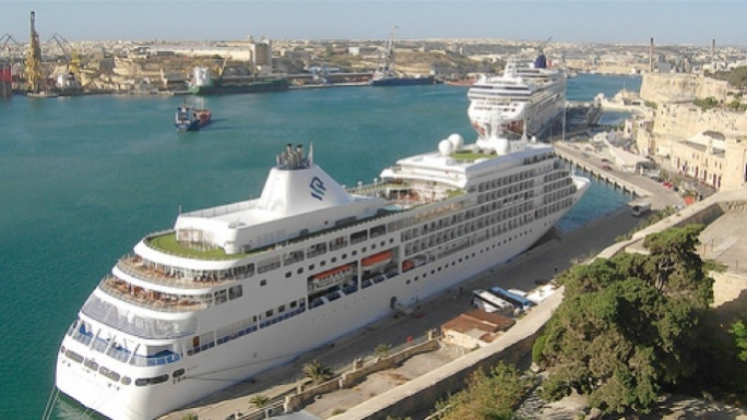 Grand Harbour gets ready to host five cruise liners