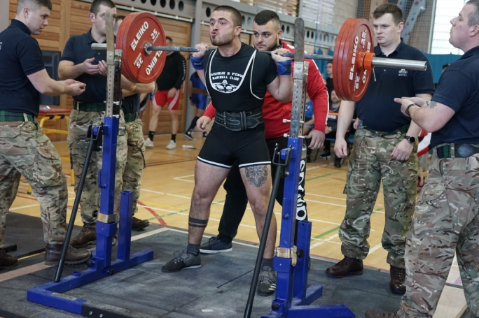 daniel debono during his first squat attempt on Sunday