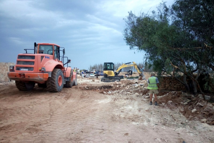 Illegal structures along Delimara peninsual removed