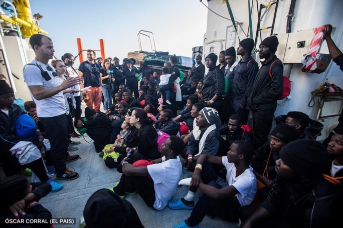 Aquarius migrants disembark in Valencia