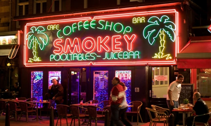 Dutch coffee shops were found to sell cannabis products containing pesticides