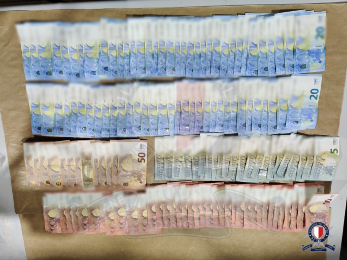 At least €2,500 in cash was found inside the car
