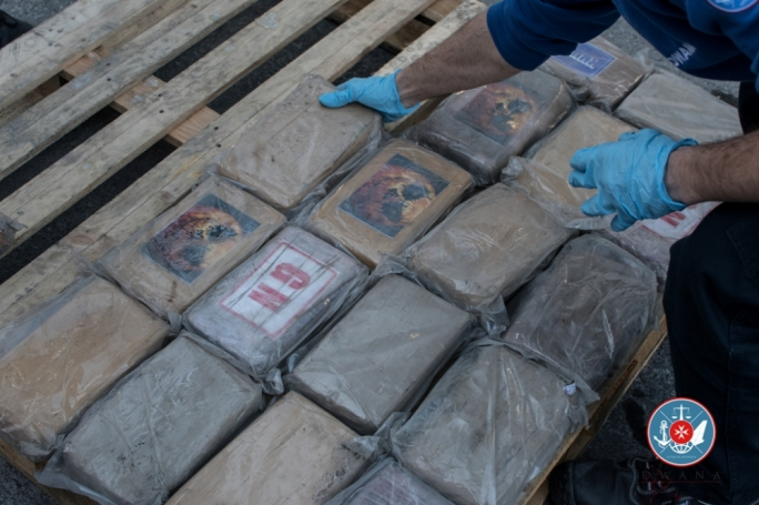 Customs seize container carrying €2.7 million worth of cocaine, two days after a 91.2kg haul