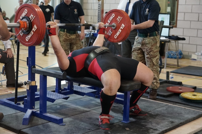 Dylan Callus benching a European record of 185kg