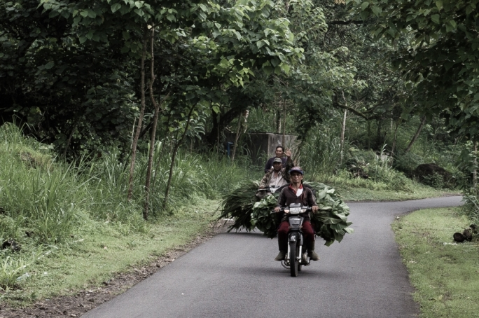 Find out more about Marc Casolani's trip to the East Bali Poverty Project and so much more in the April issue of Vida.