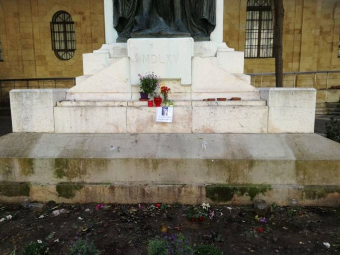 A memorial to Daphne Caruana Galizia has been set up at the foot of the Great Siege Memorial in Valletta