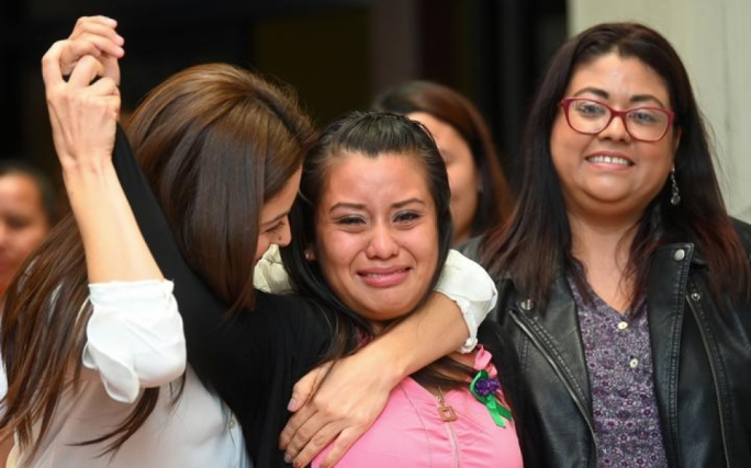 Salvadoran woman charged with homicide after stillbirth is cleared