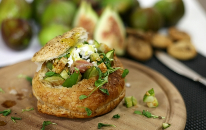 [WATCH] Giant fig and goat cheese vol-au-vent