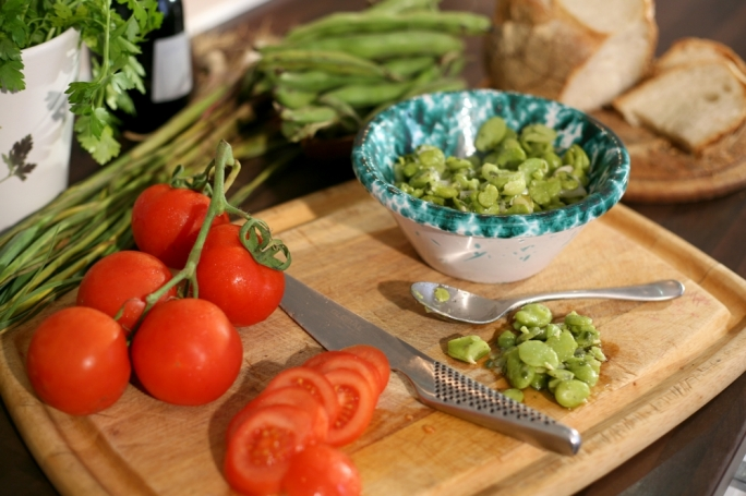 [WATCH] Broad beans with garlic