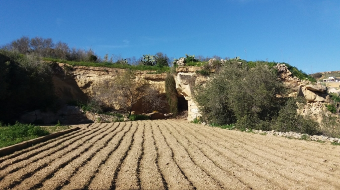 PD lamented on the Superintendent's inaction against the Kercem development application, which threatened the Roman Catacombs of Gozo