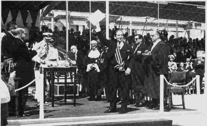 Prime Minister Gorg Borg Olivier, waving the independence document on the historic occasion
