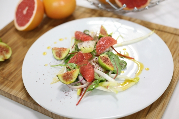 Grapefruit, fig and sumac salad