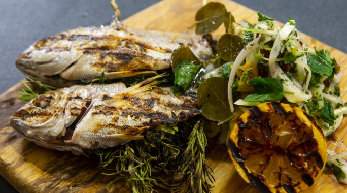 Chargrilled Bazuk (Bronze Bream) with fennel salad