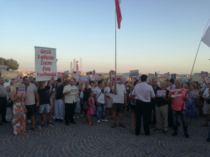 Opponents of the proposed Marriage Equality Bill gathered in Valletta to protest what they have described as an attack on family values