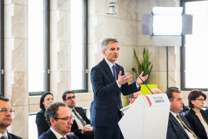 [WATCH] Busuttil to present no confidence motion against government