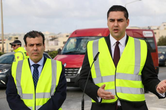 Two new lanes are being constructed in the area outside the St Venera tunnels, transport minister Ian Borg announced today