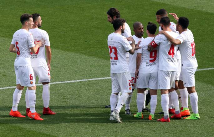 Valletta's players celebrating after scoring their first goal against Żejtun Corinthians. Photo: Dominic Borg