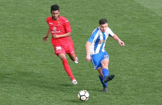 Gabriel Aquilina (Tarxien) and Ibrahim Raed Saleh (Valletta) in action. Photo: Dominic Borg