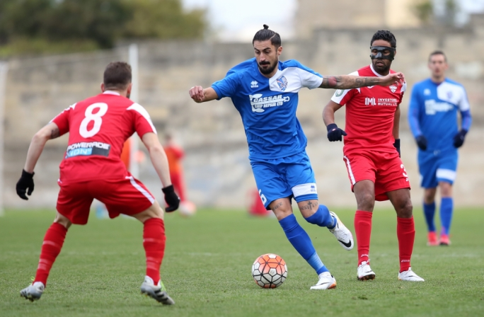 Sergio Fernandez Prendes of Tarxien in action during the BOV Premier League match between Tarxien Rainbows and Balzan. Photo: Christine Borg