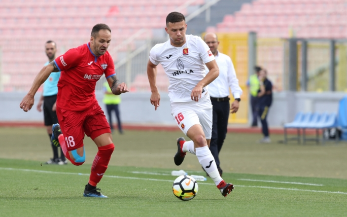 Effiong hands Balzan their first ever trophy