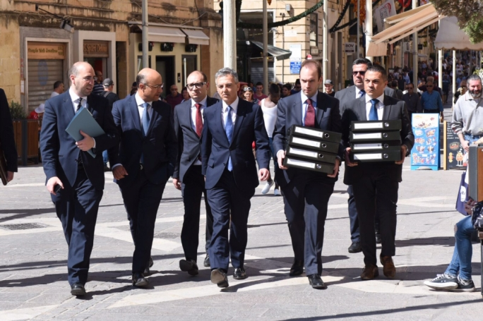 Busuttil allegations on Schembri forwarded to new magistrate: PM
